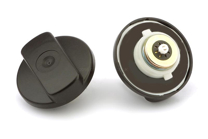 MERCEDES BENZ COMMERCIAL 709D (1986 to 1996) fuel cap